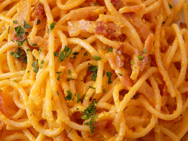Auflauf und Gratin –  einfache Gerichte, die gut schmecken!