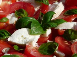 Tomate, Basilikum & Mozzarella